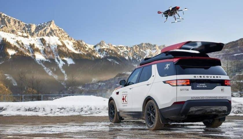 Land Rover Discovery con drone integrato