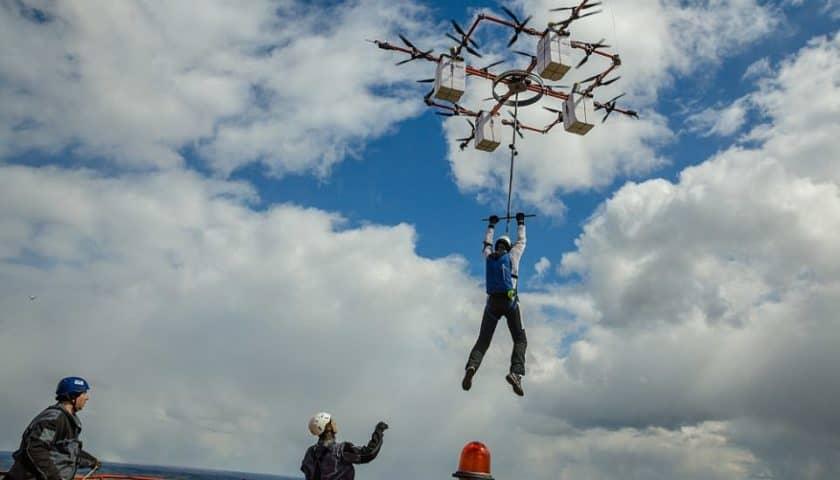 Drone gigantesco per far volare persone
