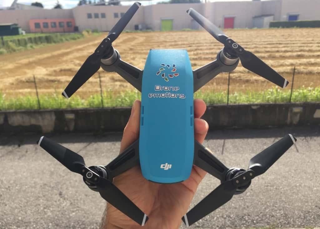 Come pilotare con i gesti delle mani il drone Dji Spark, pilotare con i gesti delle mani il drone Dji Spark,, dji spark, drone dji spark, selfie drone dji spark,