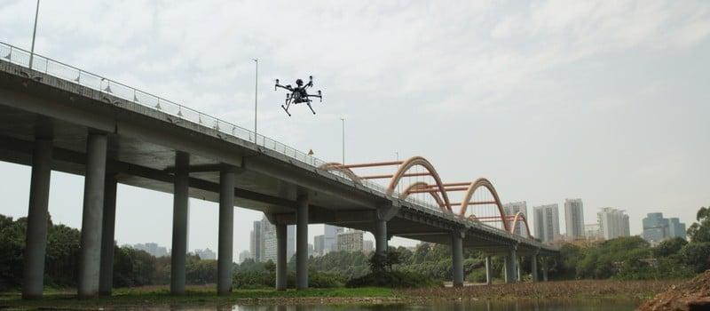 Ispezione dei ponti ferroviari con i droni