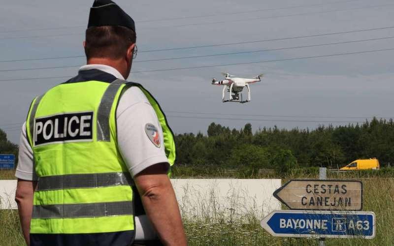 Il drone che controlla le autostrade, drone pattuglia autostrade, drone monitoraggio autostrade,