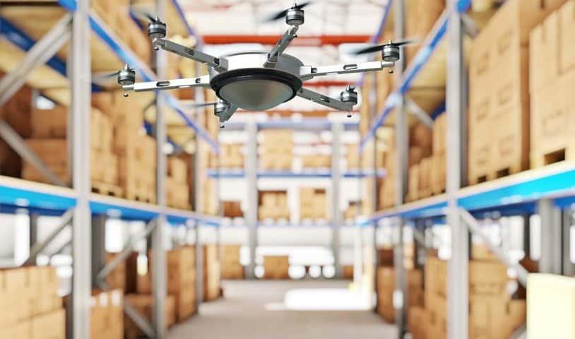 Droni magazzinieri con lettori RFID
