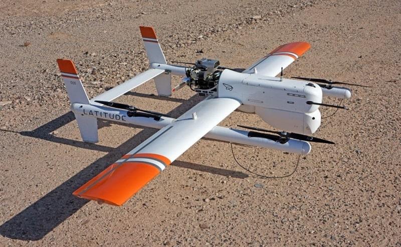 Drone medico che trasporta sangue, drone medico,