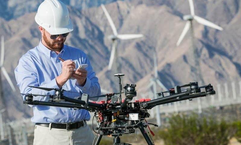 Droni per ispezione pale eoliche