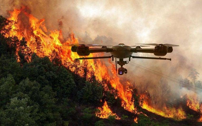 Droni antincendio