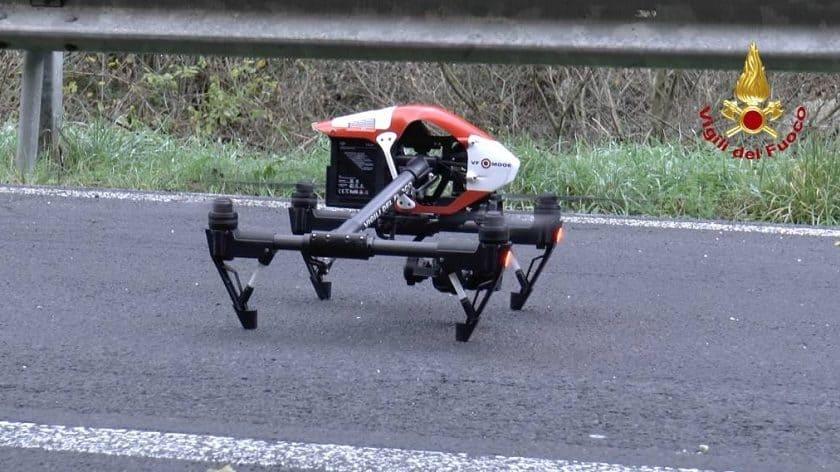 Drone dei Vigili del Fuoco che filma il Ponte Morandi a Genova