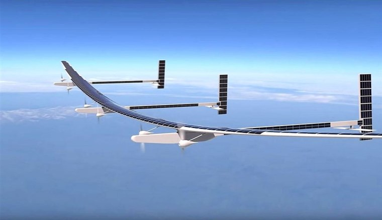 drone a pannelli solari