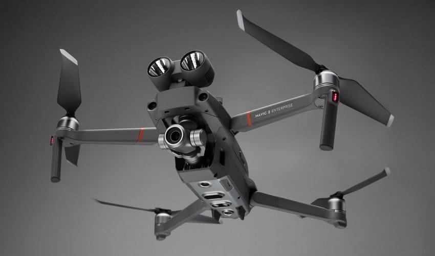 Come utilizzare i led spotlight sul drone Dji Mavic 2 Enterprise