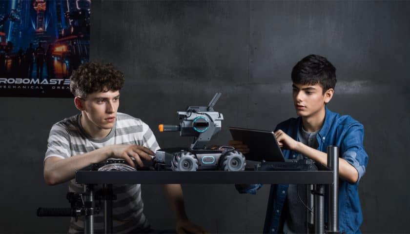 Dji Robomaster S1 il robot interattivo